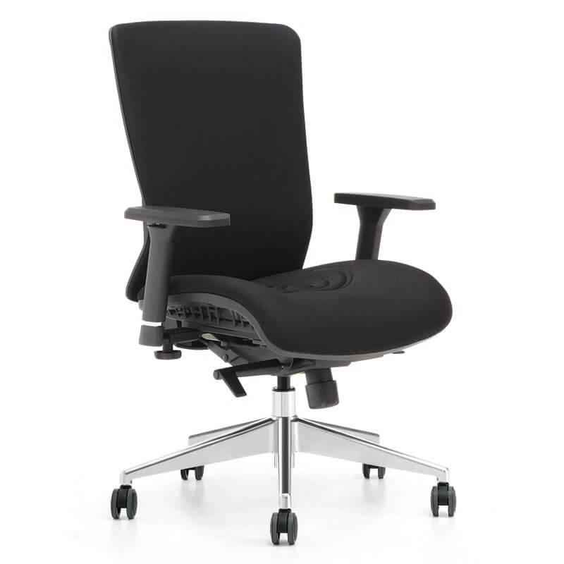 Yoga 8 kontorstol. Læs anmeldelse på dengodestol.dk